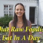 What Raw Vegans Eat In Their Typical Day